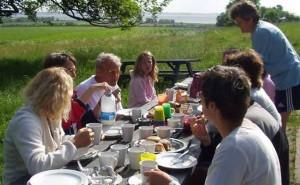 Morgenmad på lejren